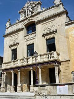 Tarascon's own Baroque theatre