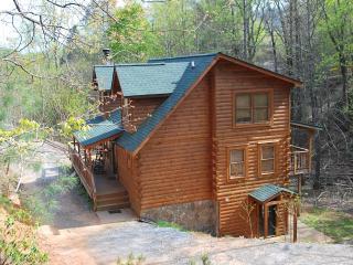 Log cabin in Blue Ridge Mountains,LAKE,RIVER,BEACH, Lake Lure