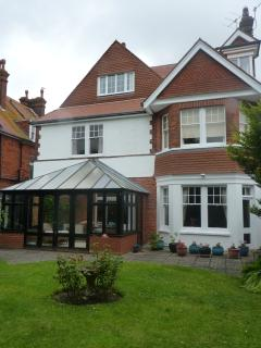 Space for the whole family in the garden and conservatory