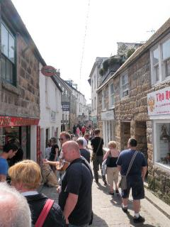 Fore Street St. Ives is lined with cobbles and has lots of interesting, independent shops.