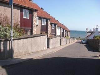 8 Glovers Wynd, 70 yards from the beach