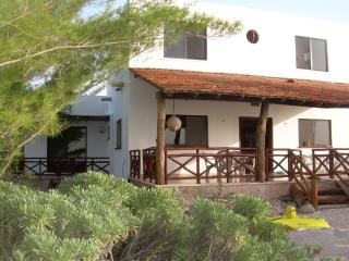 Cantamar Beach Home, FreeHS Internet, Housekeeper., Telchac Puerto