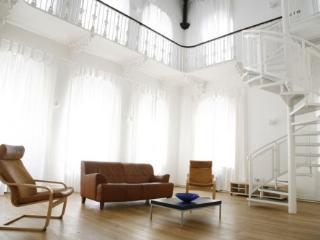 Luxury Hall,Gated Estate, London Royal Greenwich.