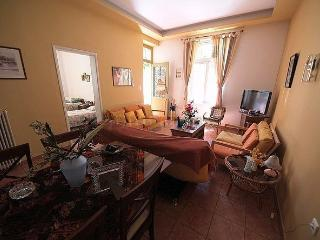 holidays apartment very close to the beach old and new town venecian harbour, Chania