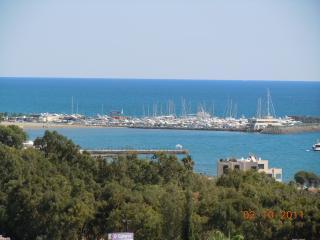 RB Sea Holiday Apartment, Limassol