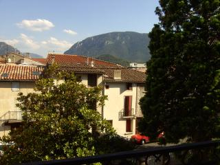 Superb Quillan Holiday Apartment 3* Centre Ville