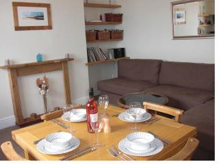 Dining area - the table extends to seat 8 people. There are extra chairs if needed