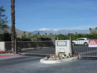 $1800 monthly/1 Bdr. - Classic Palm Springs Condo
