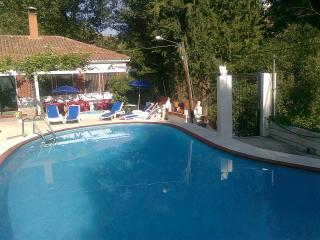 Detached villa has a private pool 3 bedrooms 3 bad, Jorquera