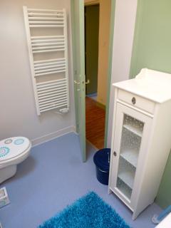 The second floor bathroom-Les terrasses de Vazerac