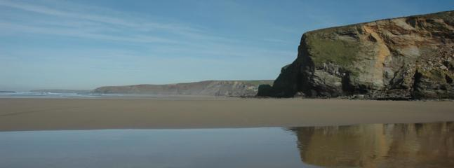 majestic watergate bay only 5 minute walk