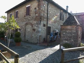 La Tognazzina Siena, Tognazza