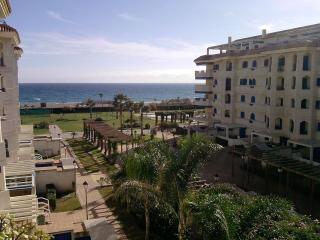 Primera línea de playa San Luis de Sabinillas