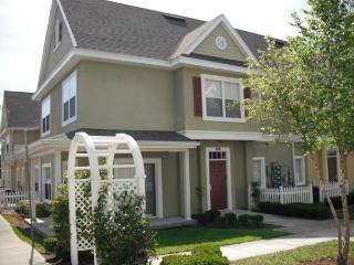 Disney Vacation Rental, Private Townhouse in gated community