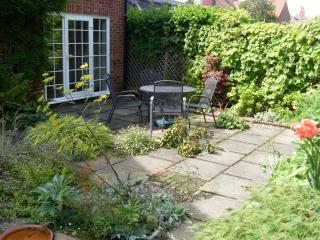 Swan Cottage garden
