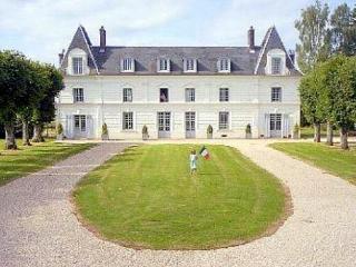 Chateau De Jonquier