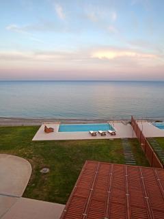 Kiotari Beach Villa