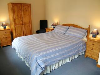 Craig-y-Llan - double bedroom