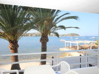 South facing, sea front, 1 bd, Santa Ponsa