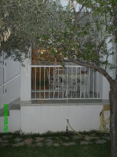 Terraza desde el jardín