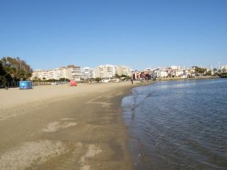 GRAN PISO, 3 Hb, centro ciudad. 7+2 pax. 500 m playa