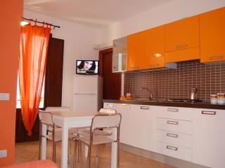 Historical center Cefalu Modern Apartment Apelsin