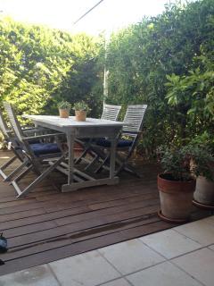 jardin privado zona comida