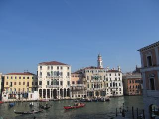 OVERLOOKING THE GRAND CANAL, A SMALL LOFT ON TWO LEVELS