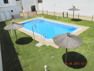 Céntrico,con garaje,aire acondicionado y piscina., Conil de la Frontera