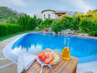 Poolside dining.