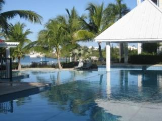 The Yacht Club, Providenciales