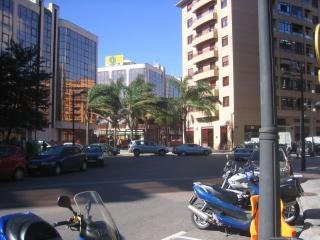 aparatamento en centro ciudad, tranquilo y soleado