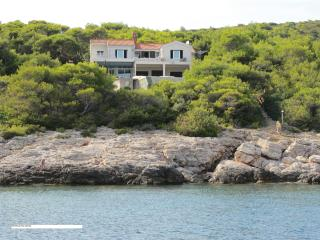 VIS VILLA 60M apt+2rooms seasi, Island of Vis