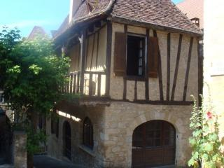 14th Century Historic House, Saint-Cyprien
