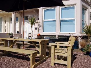 Beach Front Apartment Twywn, Tywyn