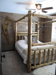 The 'Woods' Master Bedroom - mountain chic