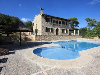Villa con piscina para 10 personas