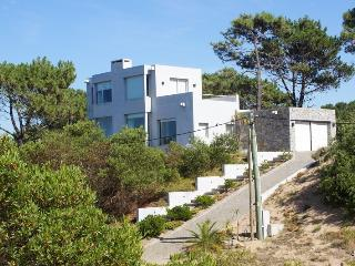 Beach Villa on a high dune, Punta del Este