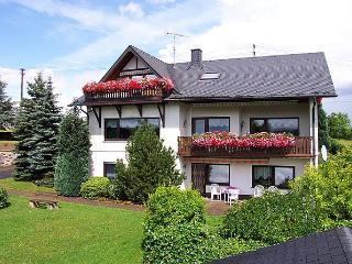 Holidays Eifel Mosel Flat 1, Oberscheidweiler