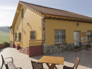 Casa rural María la Carbayeda, Cardo