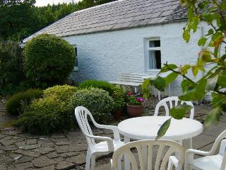 It has an excellent south facing patio and garden