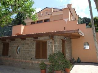 EDERA -Apartamento para tre personas en Sorrento