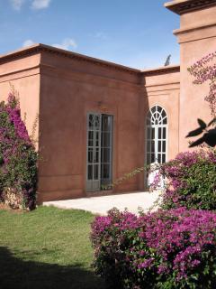Villa & garden