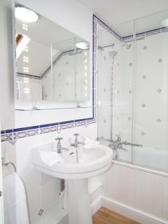 Harewood stylish light, bright bathroom