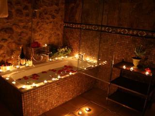 HOTEL ROMANTICO CASA BABEL