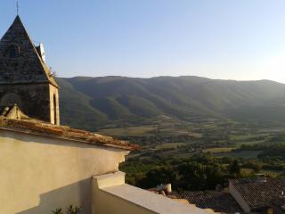 Provence - XVIIe siècle restaurée maison de Village, Saint-Martin-de-Castillon