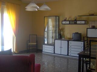 Piso amueblado de 4 dormitorios, Baeza