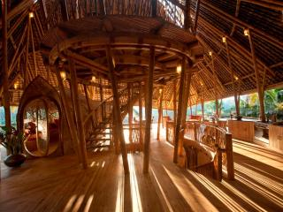 Stunning all Bamboo Home near Ubud