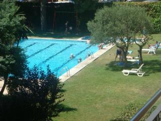 Apartamento Calella con piscin