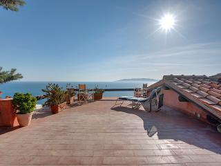 The terrace with a sweeping view, sun, sea, and total relaxation This is what a holiday at Caserosse